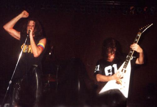 Gillman abrió el concierto de Metallica en el Poliedro de Caracas en el año 1999