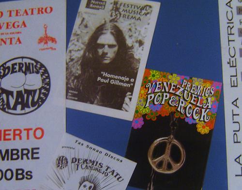 afiches.JPG